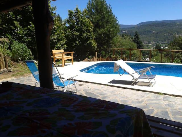 Hermosa Casa con pileta S. Martin de los Andes/8 p