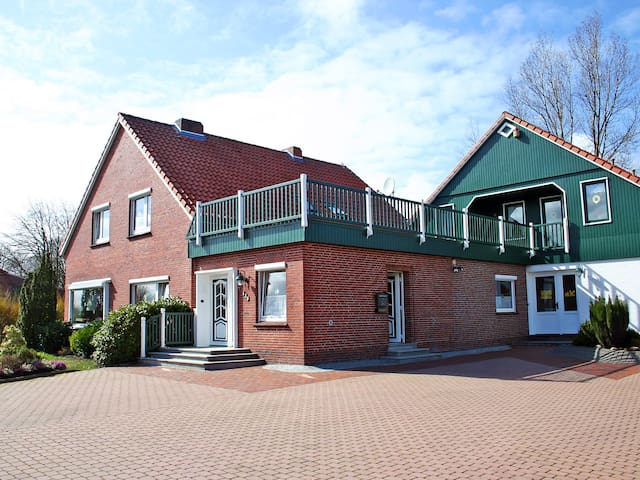 Apartment Schleichert in Esens - Esens - Apartament