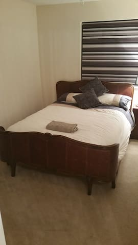 Luxury Double Room With En-suite - Kirkliston - Σπίτι