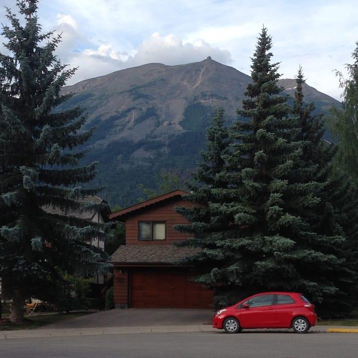 Mountain Ash Accommodations