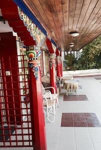 Netuk House- Heritage room - Gangtok
