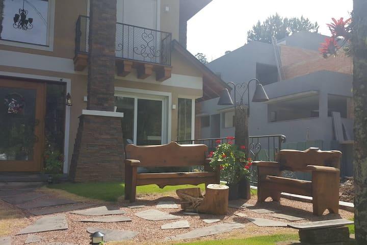 Magnifica casa em Gramado, Serra Gaúcha