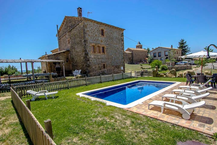 Catalunya Casas: Historical 6-bedroom Catalan villa for 15 guests!