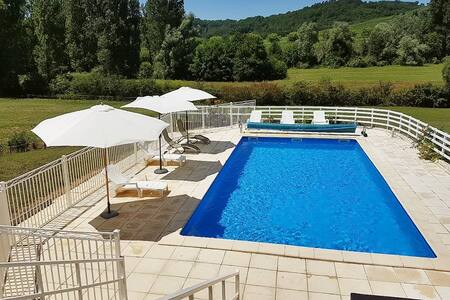 Villa confortable avec piscine - Prayssac