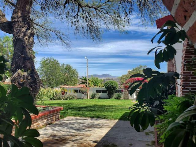 FINCA LA CONCHA // Hospedaje y Jardin para Eventos