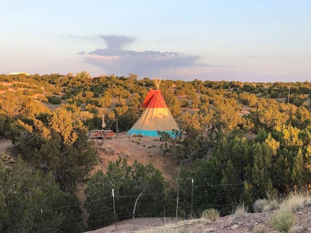 Santa Fe Tipi Experience