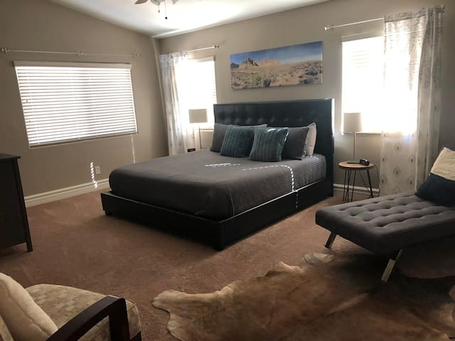 Master with king bed and ensuite