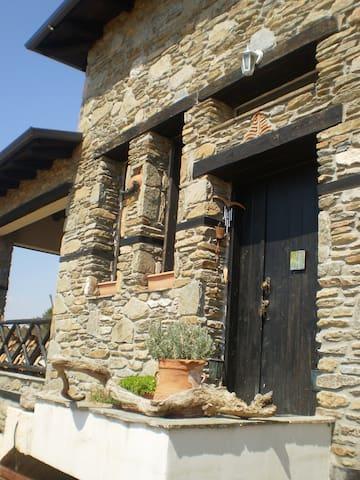 "Stone Villa ""To Petrino"" - Paleokastro"
