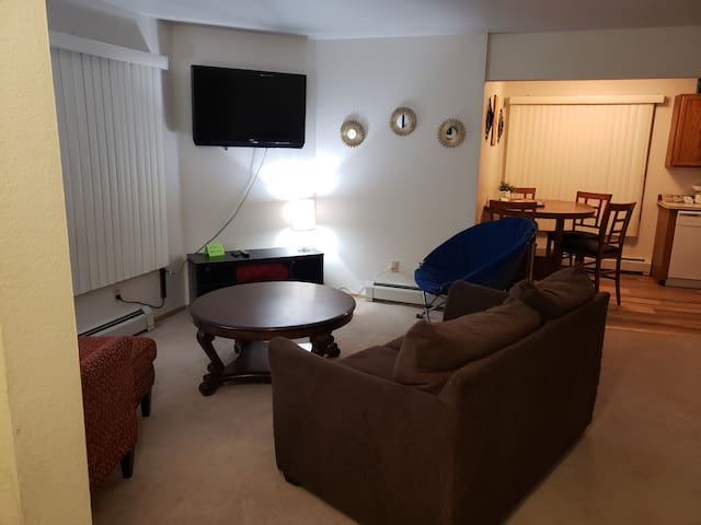 Spacious home away from home, pet friendly