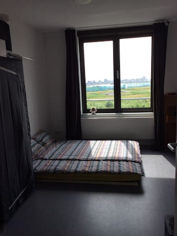 Lovely studio 12 min from Amsterdam Centraal