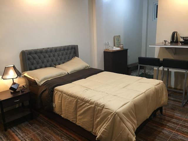 Mirasol Residences, Room 2 (Cam Norte themed room)
