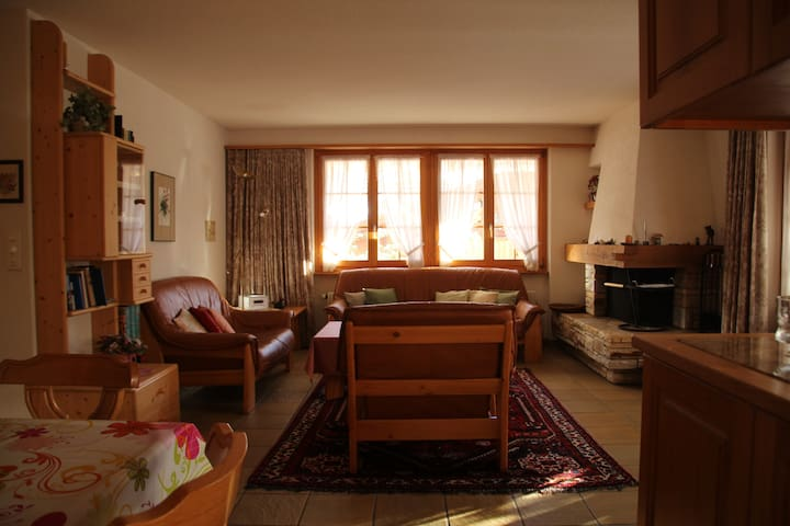 Apartment Tschenten