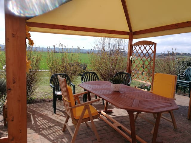 GIRASOLE COUNTRY HOUSE Vakantie huis-dogs welcome