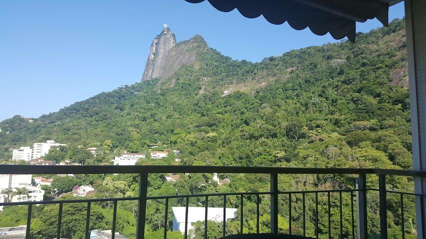 Beautiful view from all rooms - Chist of Redemptor.  Linda vista de todos os comodos do apartamento, Cristo Redentor!