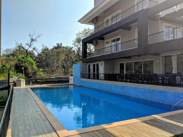 Spacious 2BHK Apartment with Pool Anjuna - Vagator