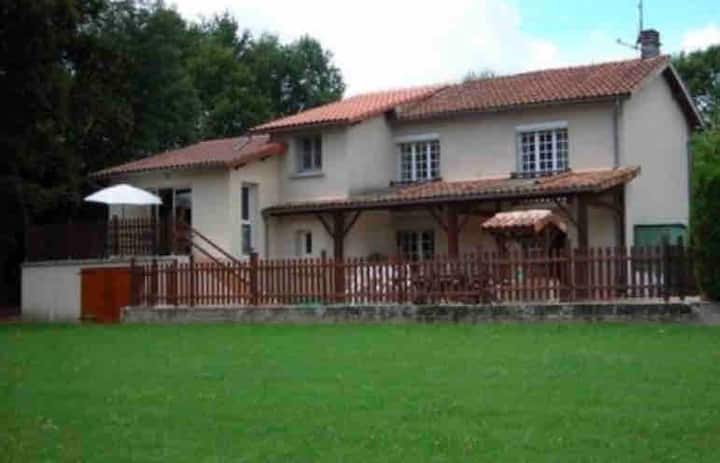 Spacious Villa in the French town of Confolens