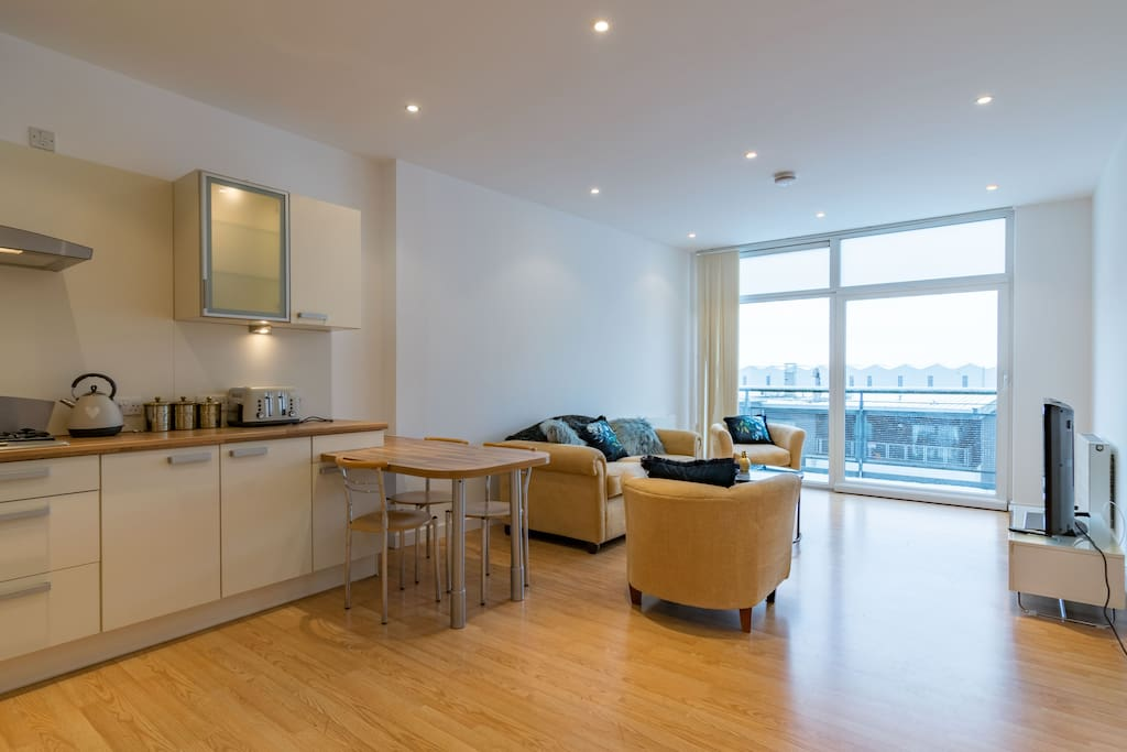 2 Bedroom Luxury Apartment in Glasgow West End ...