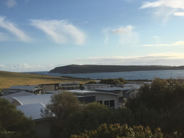San Remo/Phillip Island pet friendly family, group
