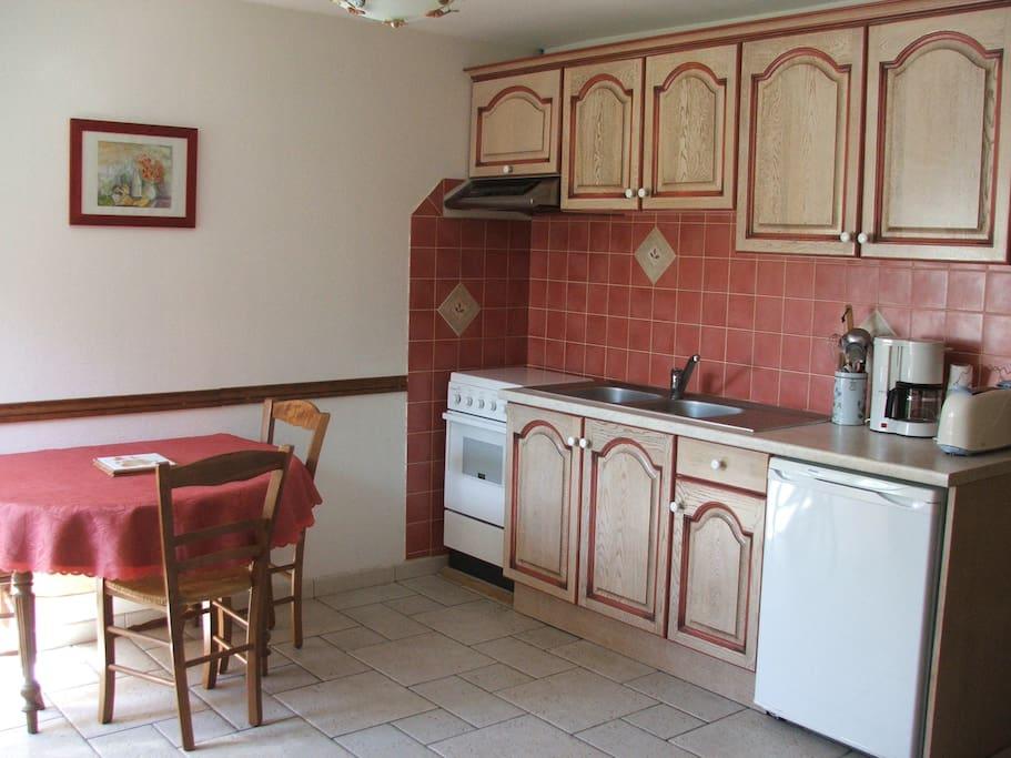 espace cuisine -salle à manger