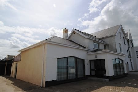 Beach Lodge - Portballintrae