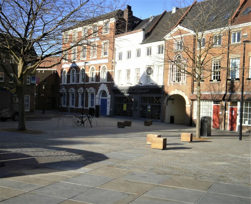 Located on the edge of a beautiful square in a quiet Old Town street