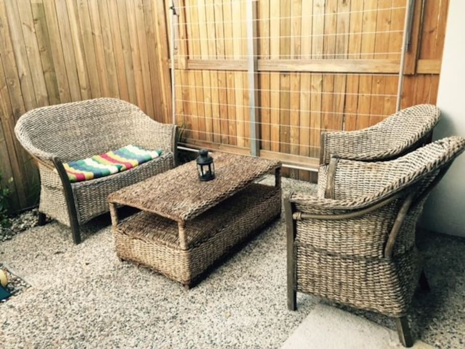 Outside Table & Chairs