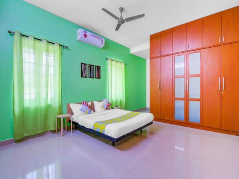 OYO - 1BR Luxury Retreat 1.5 Km from the Beach   Discounted!!