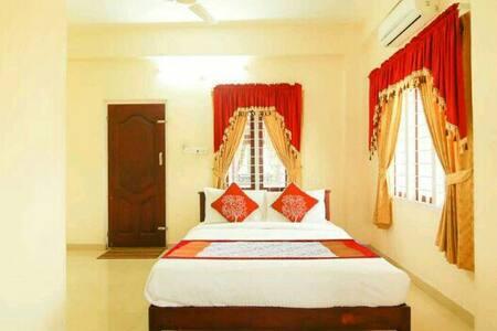 Mackal Residency @ Thekkady - Idukki