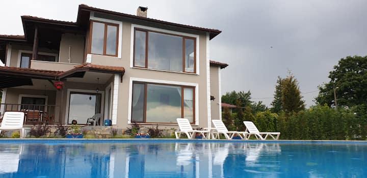 Villa Uzunkum
