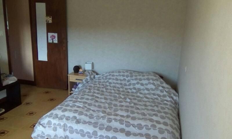 Chambres dans maison au calme
