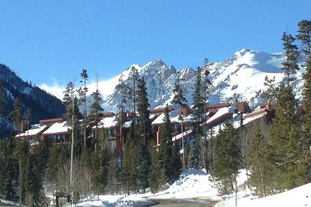 A beautiful retreat to relax and enjoy! - Silverthorne
