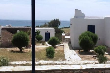 A country house close to the sea - Antiparos