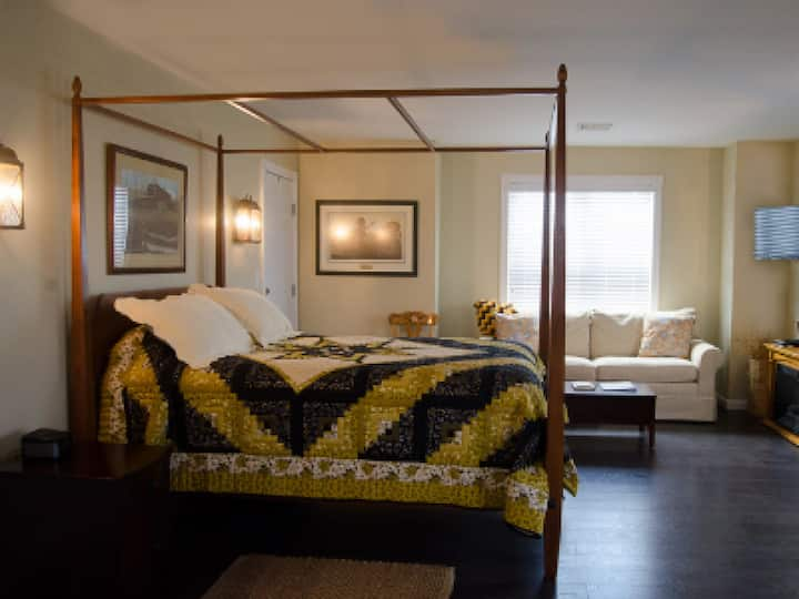 The Meyer Suite