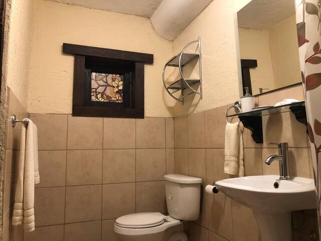 Baño cuarto 3/ bathroom bedroom 3