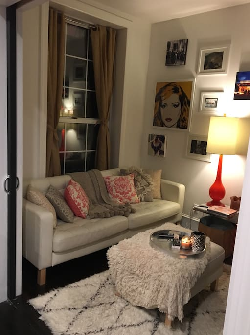 Living room, cozy couch, extra end table & chairs