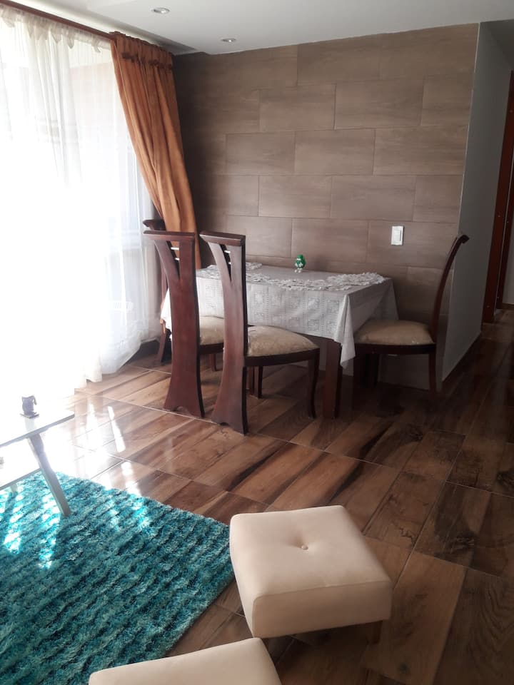 Alquilo habitaciones en bonito apartamento