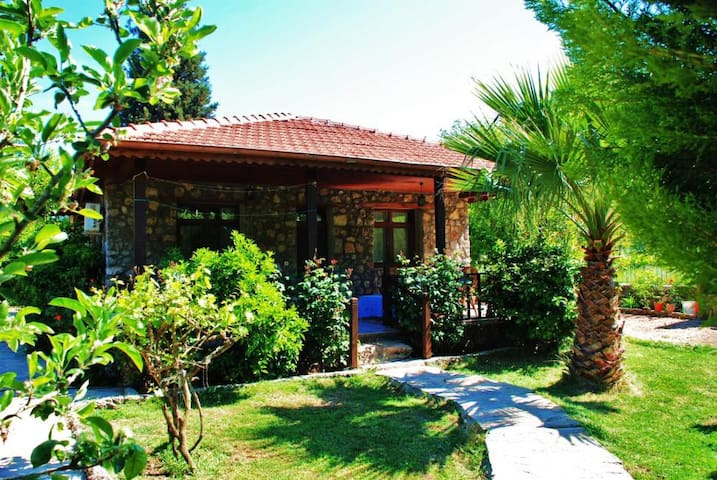 Ozlem House - Cosy house in Kayakoy