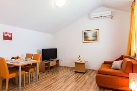 Slanac Veli Iž ( A ) - Veli Iž - Квартира