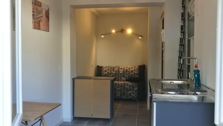 Coin salon-chambre