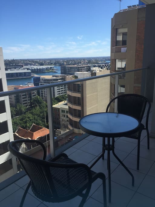 Harbour View 2 Bedroom Apartment In Sydney Cbd Apartments For Rent In Sydney New South Wales