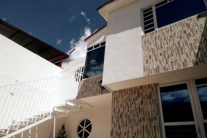 Suite con habitaciones en Vista Alegre