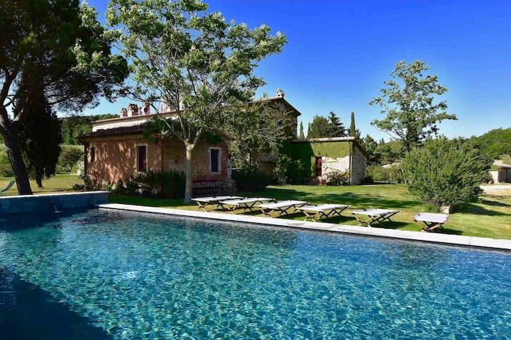 Iperbole country house,  Val d'Orcia, Tuscany
