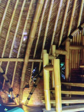 木式旋转楼梯的别墅小洋房 - 辽阳县 - Pis