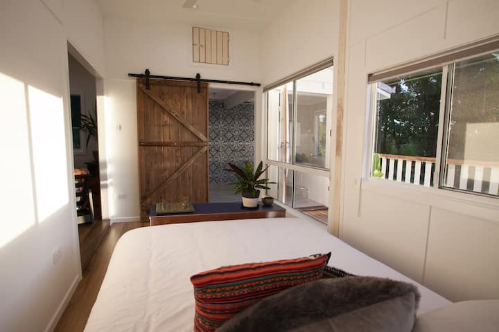 Harvest Moon - Quaint Cabin in Byron Hinterland
