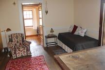 Second bedroom/Segundo dormitorio
