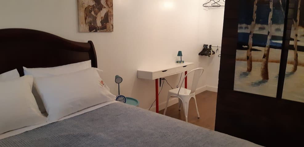Charmant appartement,situé entre Ottawa / Montréal