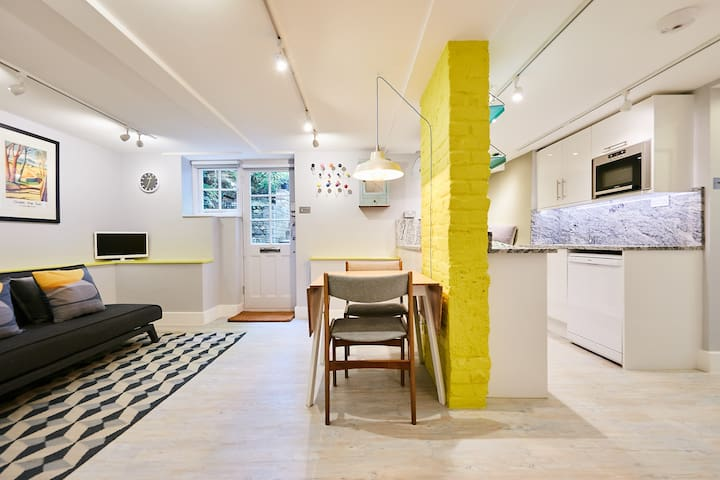 Quirky London 2bed Apartment