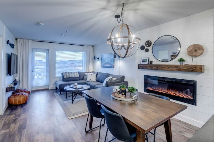 ★  Downtown Whitehorse Condo | The Northern Lux ★