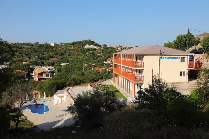 Premedinos Inn 5 - Sfakiotes - Pis