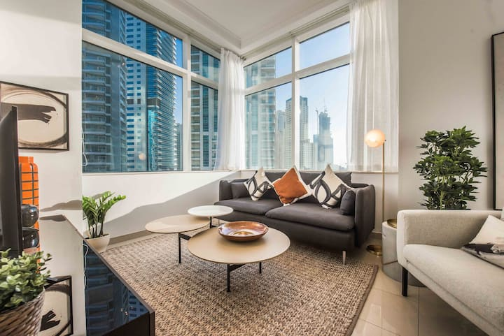 Luxurious 1 BDR with Ocean View in Dubai Marina